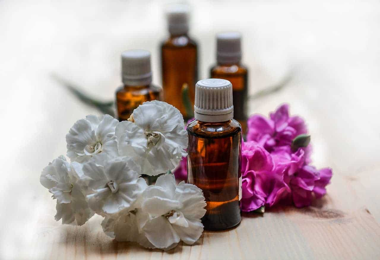 Essential oils by Health Tenfold