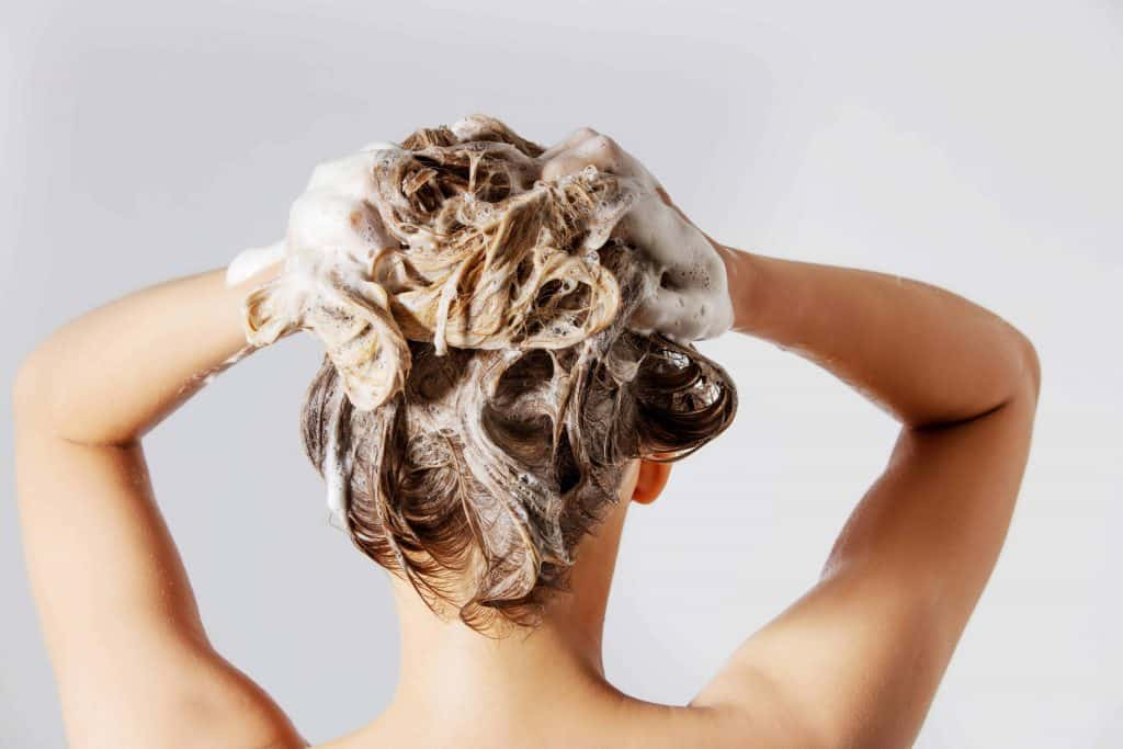 5 Ingredients to avoid – what your shampoo definitely should not contain